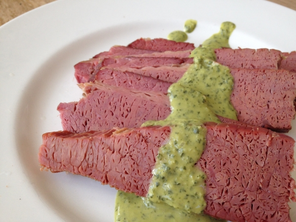 Corned beef with parsley-mustard sauce