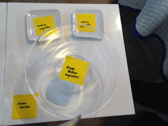 Post-It notes indicate what will go where the next a.m. (This is a good tip for home entertaining as well.)