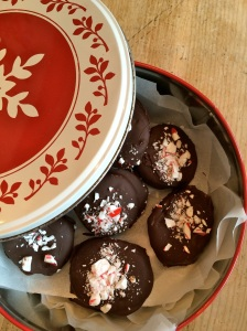 Cut into smaller pieces to line cookie tins.